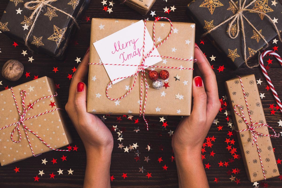 Šta pokloniti muškarcu za Novu godinu