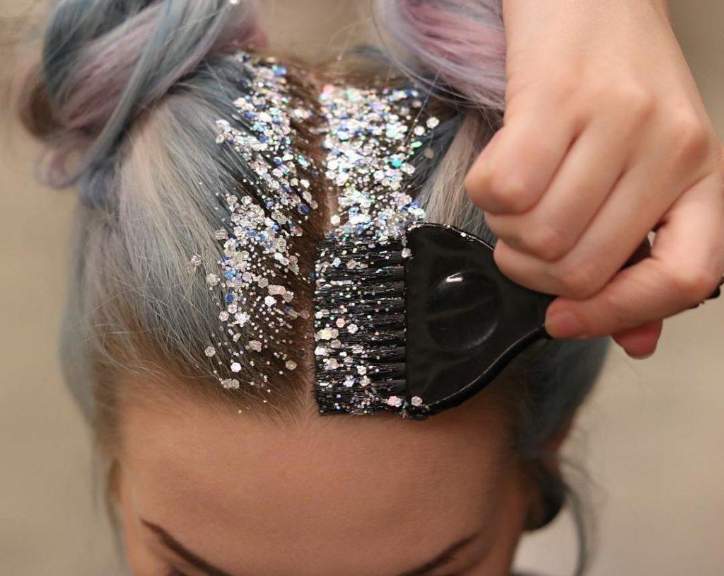 Šljokice u kosi - EXIT