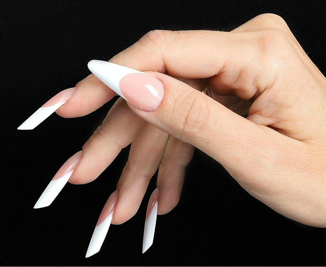 izlivanje noktiju