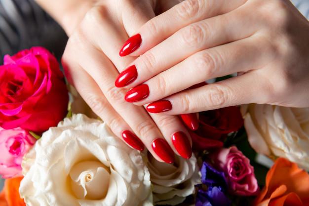 Elegantni nokti