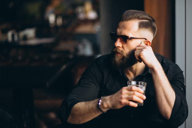 Uredna brada i frizura zahvaljujući trimeru