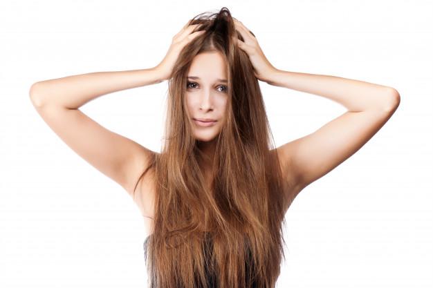 Rešenje za masnu kosu - šamnponi za suvo pranje
