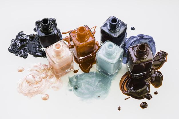 Lakovi za nokte tamnijih boja