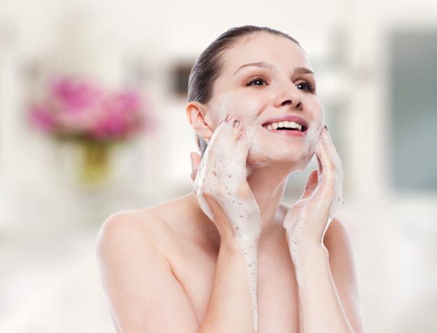 Čišćenje kože lica