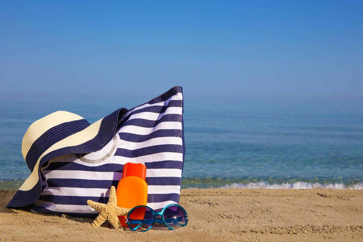 Kozmetika i torba za plažu